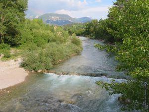 La rivière Drôme au niveau du Pont Rompu...
