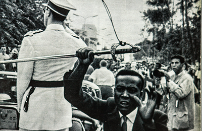 Qui a volé le sabre de Baudouin 1er, Boimbo ou Mahungu?