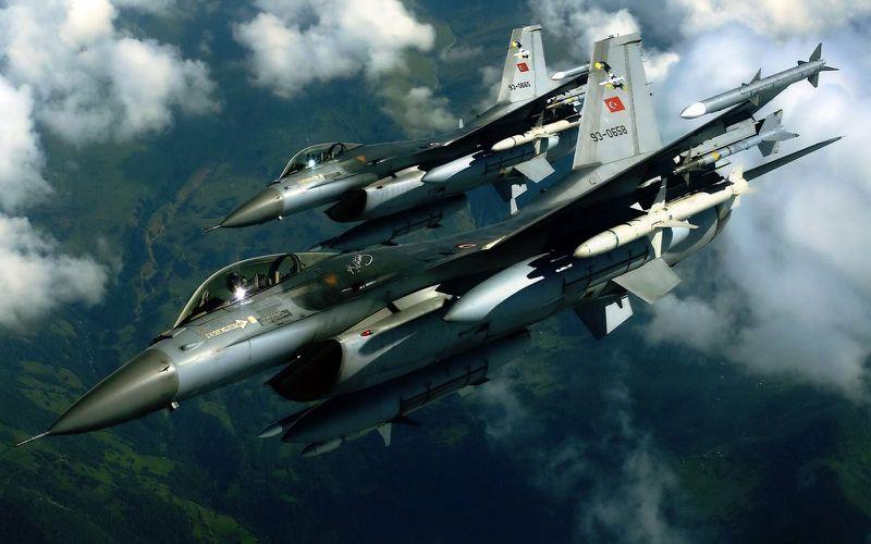 Un MIG-23 syrien abattu par des F-16C turcs
