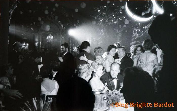 Brigitte Bardot chez Maxim's