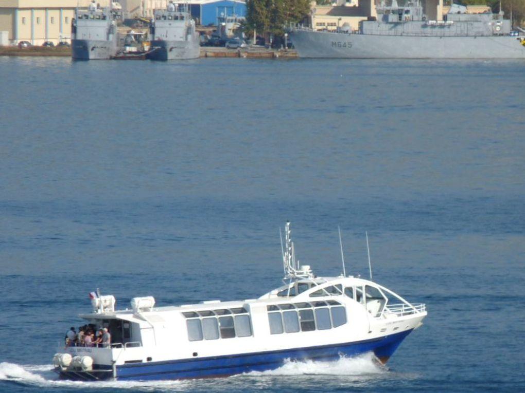 LOU MISTRAU , Vedette de la RMTT ,pour la traversée de la rade (vers la Seyne, St Mandrier ou les Sablettes