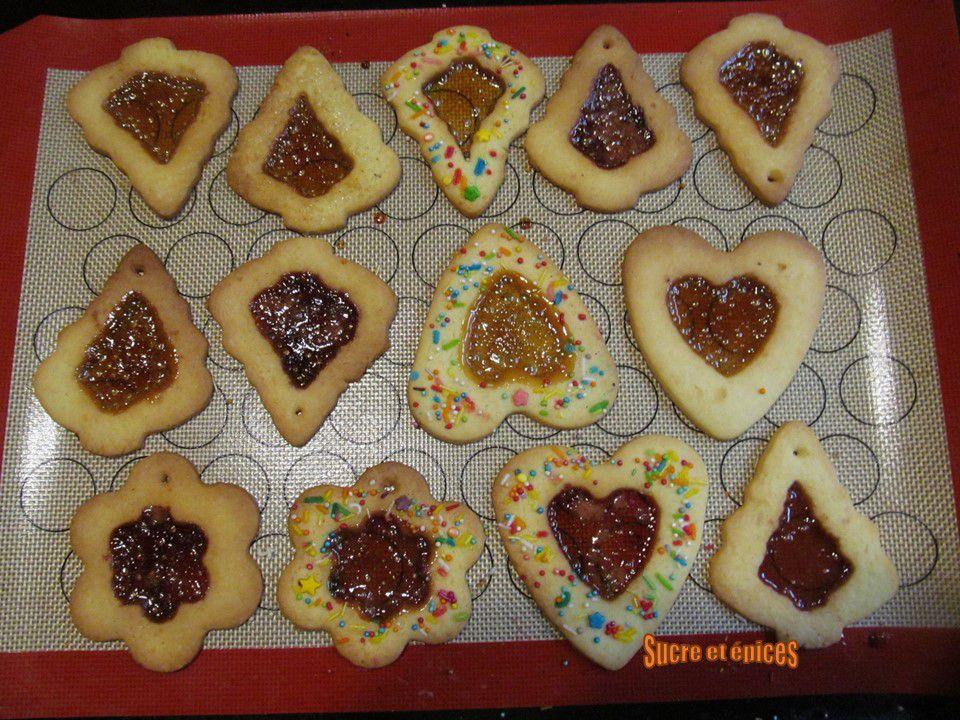 Sablés vitraux de Noël - Stained glass window cookies