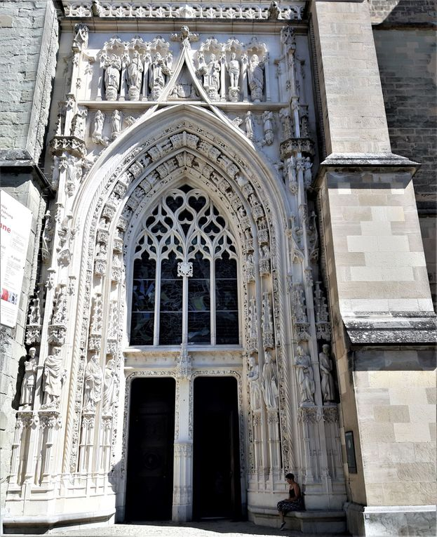 Lausanne : cathedrale Notre-Dame.