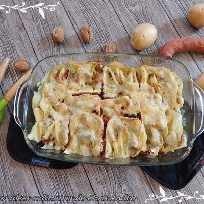 Gratin de pommes de terre, chorizo, fromage à raclette & noix