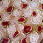 Pizza à la figue, chèvre & miel de citronnier