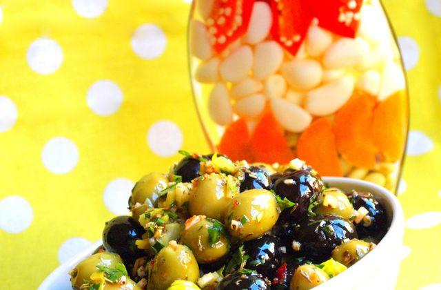 Olives marinées à la Provençale