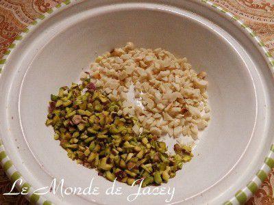 Pistazien-Erdnuss-Karamell