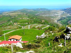 Panorama depuis le Mirador d'Alisas