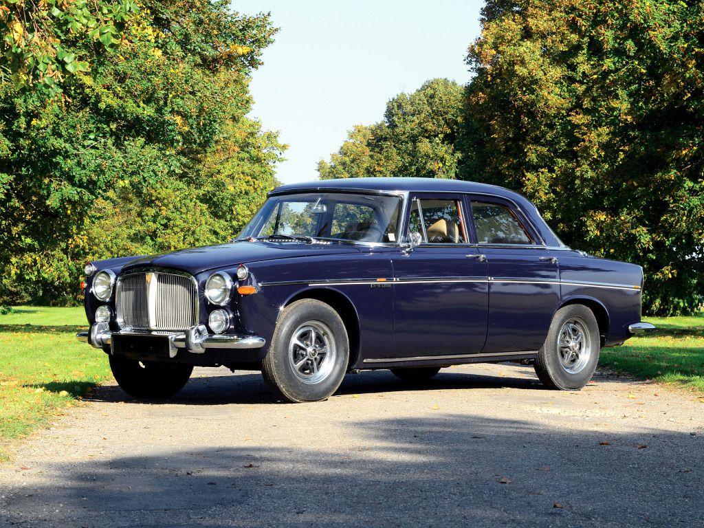 """Plus connue sous le nom de """"3 litres"""", La P5 fut dessinée par le designer anglais David Bache."""