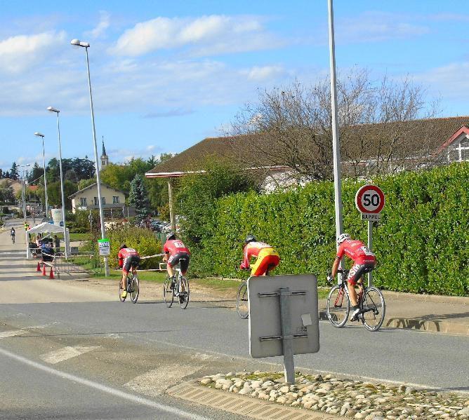 La Thou par équipe de quatre - Épreuve FSGT Rhône