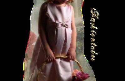 fillette robe rose panier petit noeud
