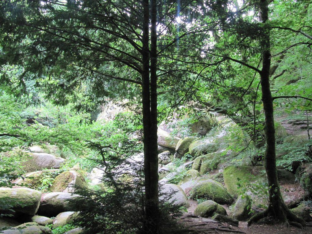 Huelgoat, entre lac et forêt