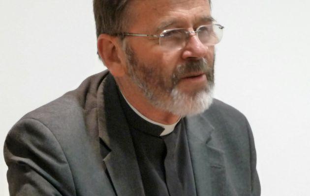 Patrick DALY, Prêtre et Secrétaire Général de...