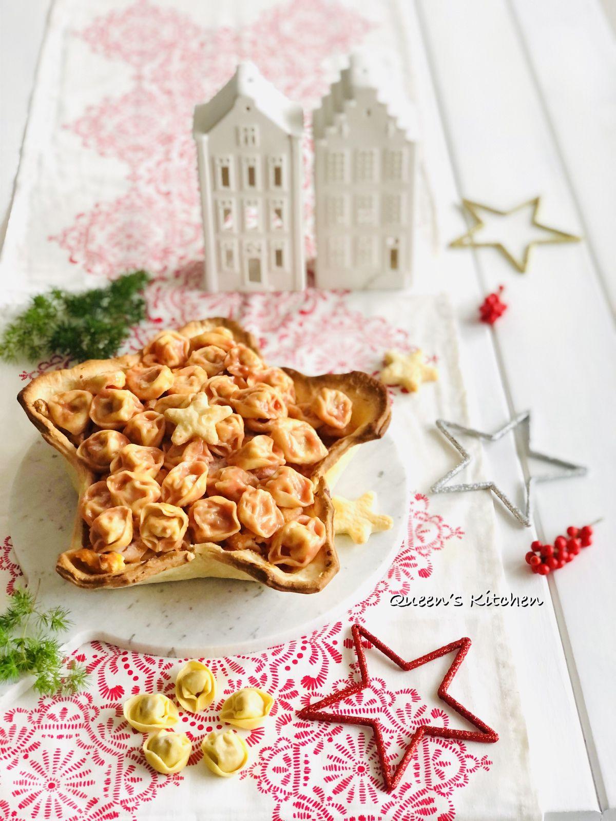Stella di Tortellini in Crosta al Pomodoro