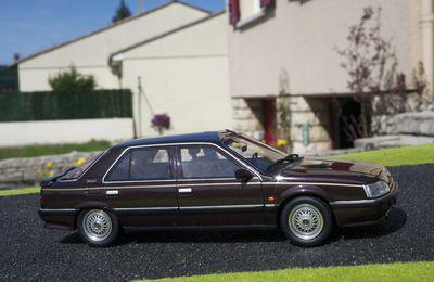 RENAULT 25 V6 TURBO BACCARA - 1990