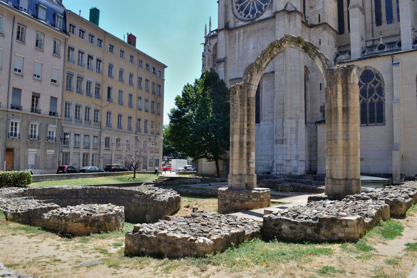 Le Jardin Archéologique de Lyon...