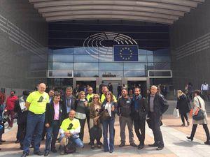 Une délégation de parents séparés à Bruxelles: Nicolas Munoz, Antonio Borromeo, William Bec . . .