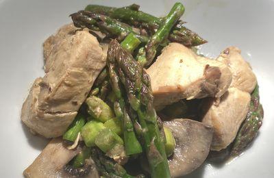 Volaille cuisinée à la moutarde, asperges vertes et champignons  5💚2💙💜.