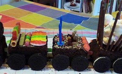 Photo d'archive : mon premier gâteau petit train