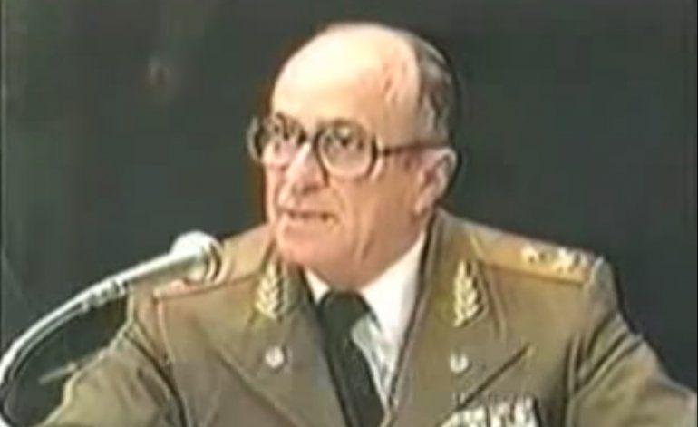 Giuliani suda tinta y Escalona escupe bilis