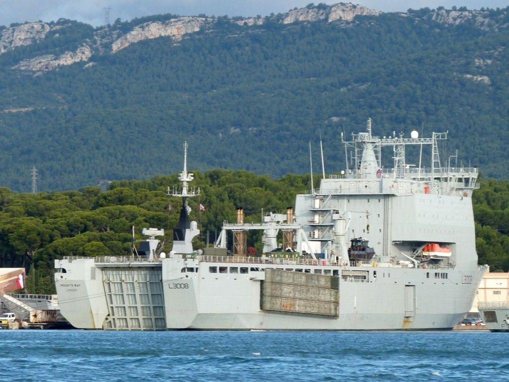 MOUNTS  BAY  L3008 , Batiment de débarquement de la marine anglaise