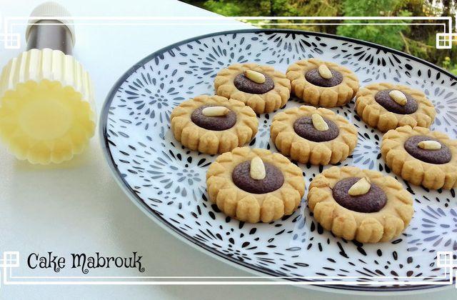 Tartelettes petits coeurs au café chocolat pignon de pin