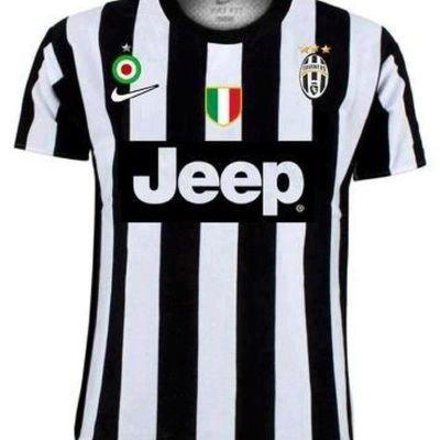 La nuova maglia della Juventus: nuovo sponsor e 3 stelle