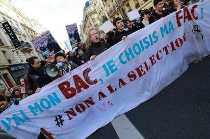 """Non à  """"Parcoursup""""  et une abstention socialiste au conseil départemental lourde de sens"""