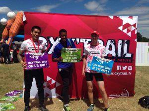 Photos après l'arrivée avec notre supporter Cédric et avec Patrick, lui aussi très fidèle à l'Oxy Trail (5ème participation dont 4 sur le 23km !)