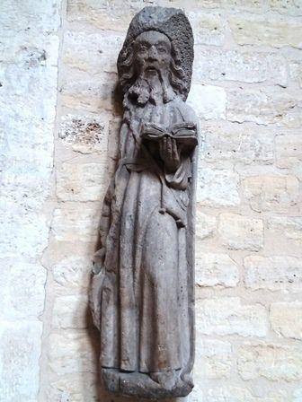 Eglise Saint-Jacques-du-Haut-Pas : apparition de la Vierge à saint Jacques - statue saint Jacques. .