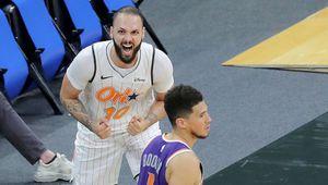 Evan Fournier offre une dernière victoire au Magic d'Orlando