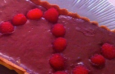 Tarte au chocolat et aux framboises