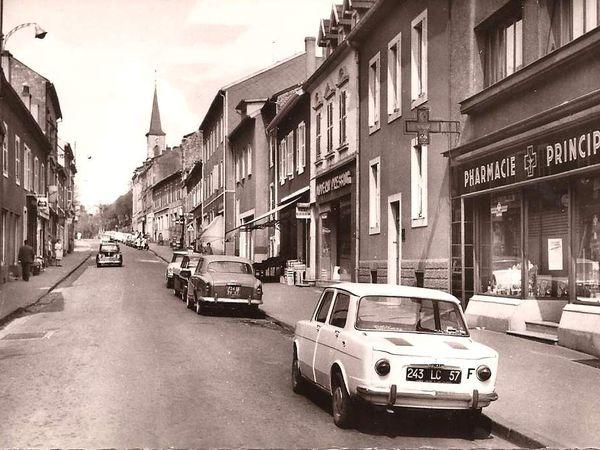 N° 10 rue Foch à Algrange - Pharmacie