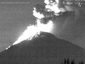 Popocatépetl - activité du 27.09.2017 à 5h03 et 5h30 locale  - WebcamsdeMexico