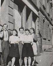 N° 61 rue Clemenceau à Algrange - Epicerie - Sanitaire - Quincaillerie - Habitation