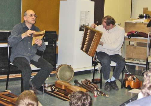 Concert à l'école d'un groupe de musique médiévale