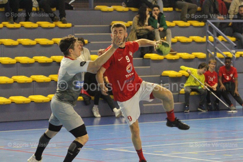 Vénissieux Handball a pris son temps pour maîtriser une vaillante équipe de Cournon
