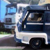 RENAULT ESTAFETTE FOURGON POLICE C.I.J 1/45 - car-collector.net