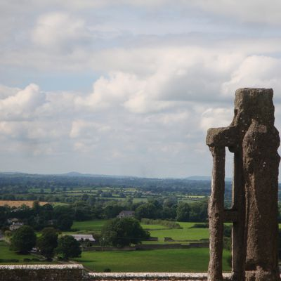 J6 - Rock of Cashel