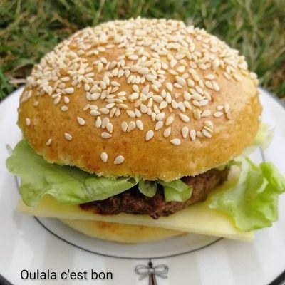 Pain hamburger (burger) avec le robot Companion de Moulinex ou pas
