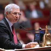 Les UMPistes fond le coup de poing à l'Assemblée
