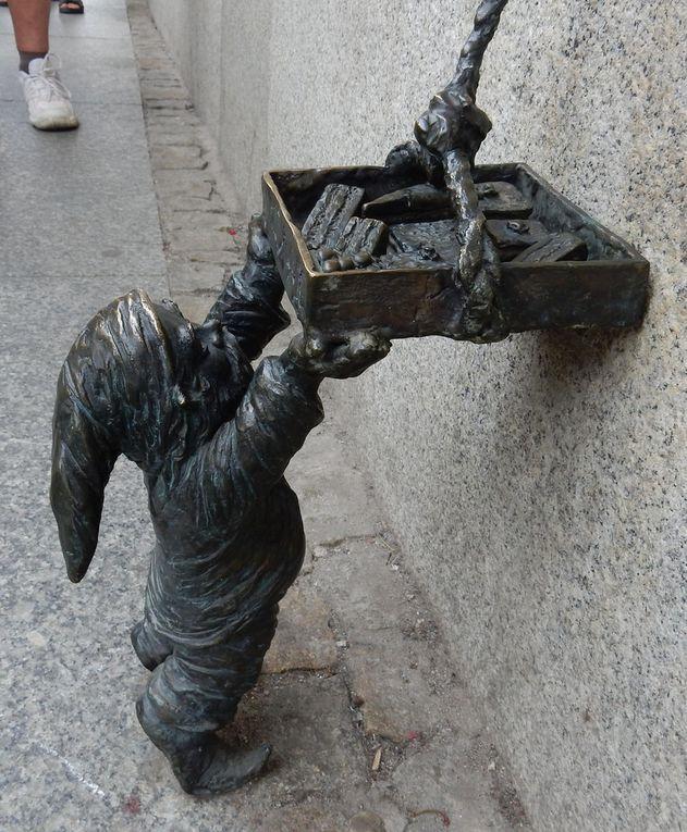Les nains et sculptures