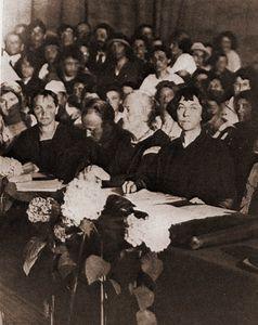 8 mars – Journée Internationale des Droits des Femmes (essai, magazine, liens)