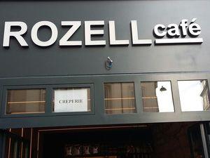 """Paris 18e : """"Rozell Café"""", une crêperie pas comme les autres, ça vous dit quelque chose ?"""