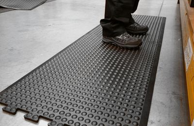 4 Benefits you can reap from Anti-Fatigue Mats
