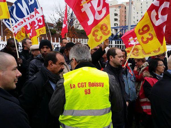 Belle manifestation de soutien pour les camarades d'Air France