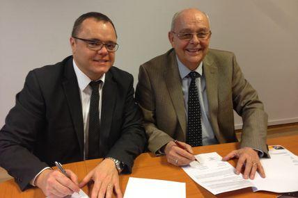 Peltre Convention de partenariat entre le lycée Notre Dame et  Moselle Tourisme