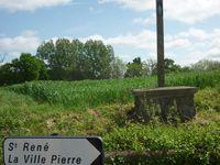 Croix, ferme et puit de la ville Pierre -