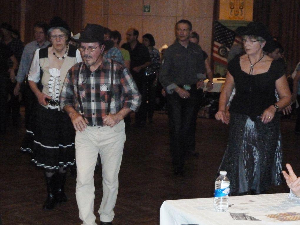 Très beau bal bien organisé par Sylvie belle après midi de danses.