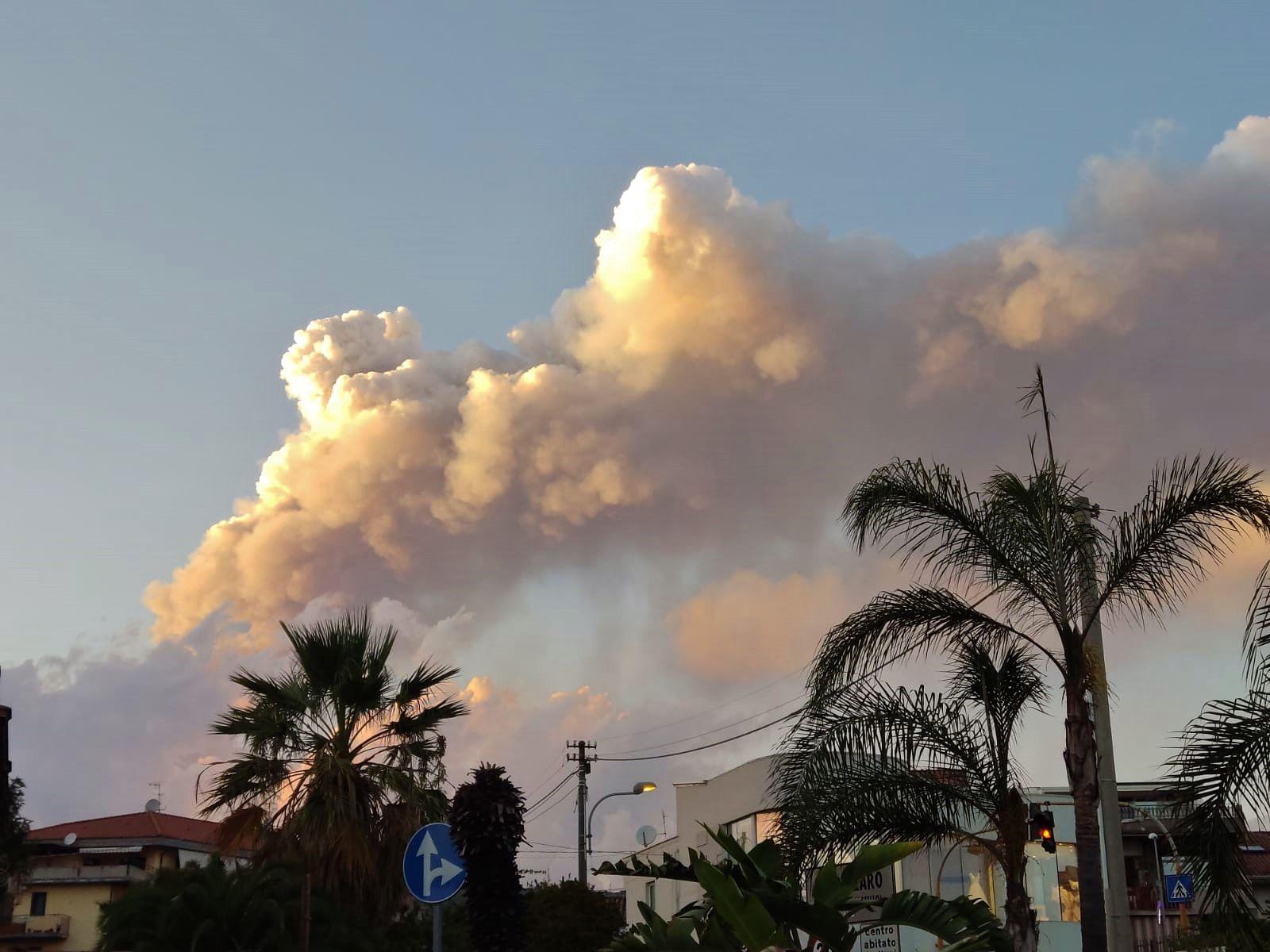 Etna - the activity of 08/29/2021 / 3:56 p.m. - Doc. INGV OE